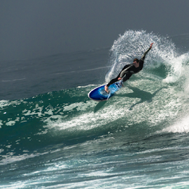 Splash by Pax Bell - Sports & Fitness Surfing ( surf. )