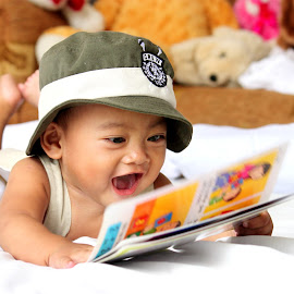 Happy Child by Amy Marcaida-Paala - Babies & Children Toddlers ( child, reading, happy )