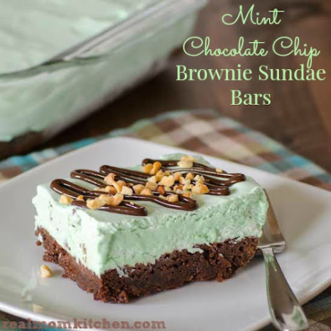 Mint Chocolate Chip Brownie Sundae Bars