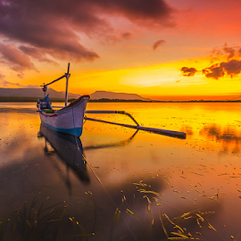 waiting for sun rise by Budi Astawa - Landscapes Sunsets & Sunrises ( bali, karangsewu, sunrise, gilimanuk )