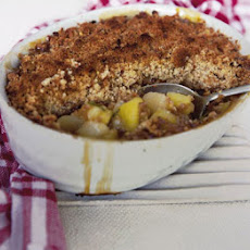 Apple, Pear & Walnut Crumble