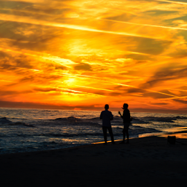 Watching the sunset by Diane Davis - Landscapes Sunsets & Sunrises