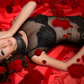 Red Rose by Steven Chu - People Fashion