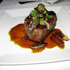 Filet Mignon With Mushroom-Wine Sauce - Light Version Weight Wat