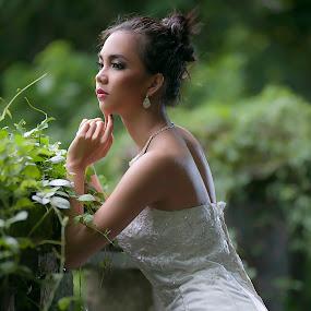 Beauty of the Bride by Amin Basyir Supatra - Wedding Bride ( love, bali, sexy, prewedding, wedding, white, beauty, bride )