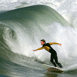 Big roller breaks at Huntington Beach by William Graf - Sports & Fitness Surfing ( surfing, surfer, wf graf, hb, surf, huntington beach )
