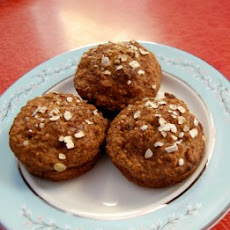 Low-Fat Applesauce Muffins