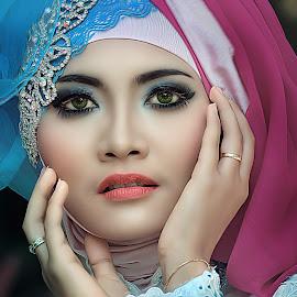 markonah by Omen egp II - People Portraits of Women