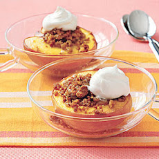 Roasted Peaches with Cookie Crumble