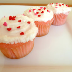 Pink Velvet Mini Cupcakes Adapted from Taste of Home