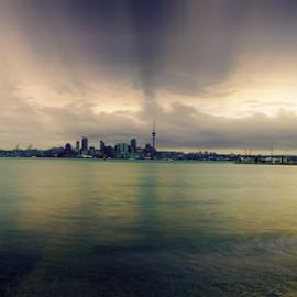 Auckland skyline in a gloomy day .... by Anupam Hatui - City,  Street & Park  Skylines ( skyline, clowd, photography )
