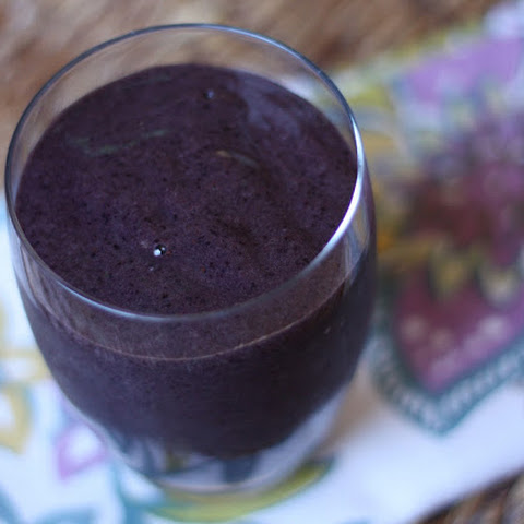 Blueberry Carrot Top Smoothie