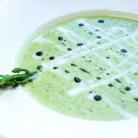 Spinach green soup by Katerina Galkina - Food & Drink Plated Food ( green, spinach, lunch, healty food, go green, soup )