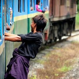 by Elliot Moore - Transportation Trains ( myanmar, circularrailway, train, yangon, boy )