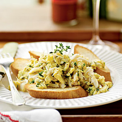 Whispery Eggs with Crabmeat and Herbs