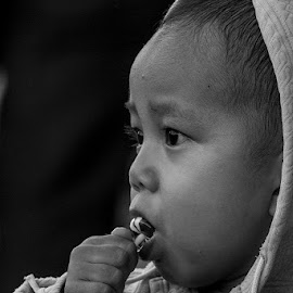 My Sweet Candy by Syahid Kesuma - Babies & Children Children Candids ( bw, kids, baby, toddlers, childrens,  )