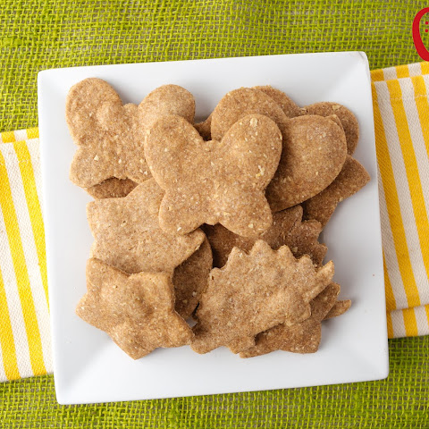 Homemade Peanut Butter Crackers