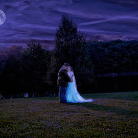 Twilight Kiss by Bobbie Clark - Wedding Bride & Groom