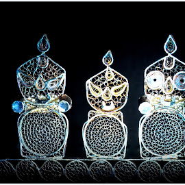 Holy Trinity by Prasanta Das - Artistic Objects Antiques ( silver, holy, trinity, filigree )