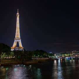 Sparkling Eiffel by Sheldon Anderson - Buildings & Architecture Statues & Monuments ( paris, sparkling, eiffel, night, strobe,  )
