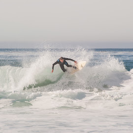 by Melissa Applebee - Sports & Fitness Surfing