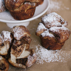 Eats // Nutella Stuffed Monkey Bread Muffins