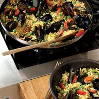 Saffron Pilaf Mussels One-Pot
