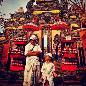 Tangkas Kori Agung  Temple by Putu Purnawan - Buildings & Architecture Places of Worship ( temple, boys )