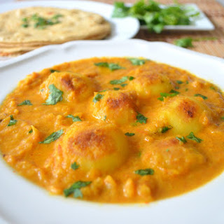 Dum Aloo - Baby Potatoes in a spicy gravy!