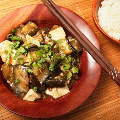 Braised Eggplant With Tofu in Garlic Sauce