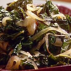 Lacinata Kale with Caramelized Onions