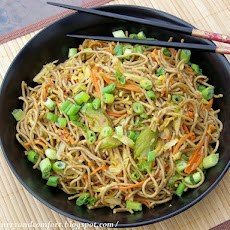 Asian Soba Noodle Vegetable Lo Mein