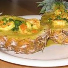 Caribbean Curried Prawns in Pineapple