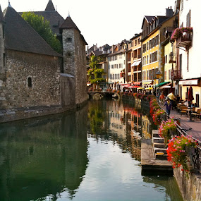 Annecy by Jason Kiefer - City,  Street & Park  Vistas ( france )