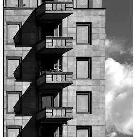 Geometric shadows - MI by Luigi Alloni - Buildings & Architecture Architectural Detail ( geometries shadows building b&w milan )