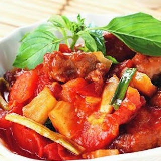 Sweet and Sour tomato meat