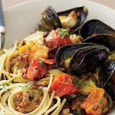 Sausage-and-Mussel Spaghetti
