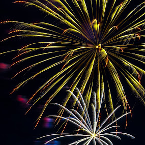 by Rob Giannese - Abstract Fire & Fireworks