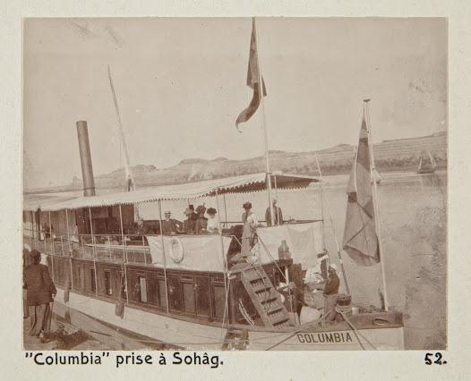 Hela sällskapet ombord på Columbia. Flaggan i fören har Walther von Hallwyl tagit med från Sverige.