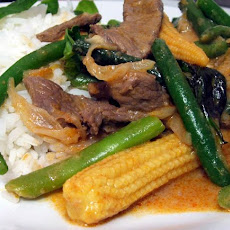 Thai Chilli Beef and Bean Stir-Fry With Basil