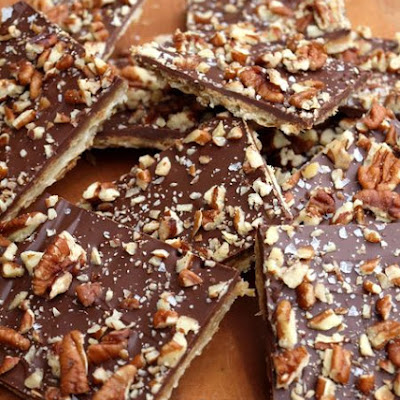 Chocolate Toffee Matzo Crack