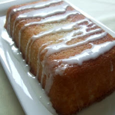 Lemon Delight Pound Cake