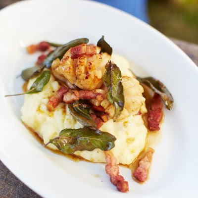 Seared Scallops & Creamy Mash