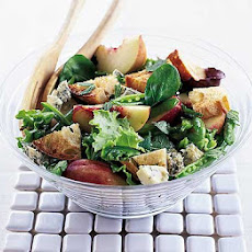 Peach & Blue Cheese Salad