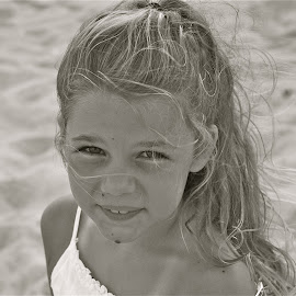 At the Beach by Tyrell Heaton - Babies & Children Child Portraits ( family, beach, niece )