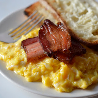 Creamy Scrambled Eggs and Bacon