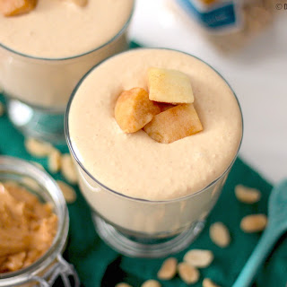 Healthy Peanut Butter Apple Yogurt Dip (sugar free, low carb, low fat & high protein)