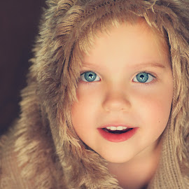 Teddy by Lucia STA - Babies & Children Child Portraits