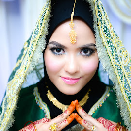 by Hanafi Zainal - Wedding Bride