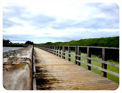 walkway at cavendish beach park